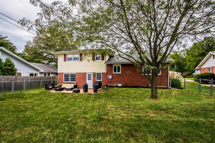 Real Estate Photography - 2603 Heritage Farm Dr, Wilmington, DE, 19808 - Location 17