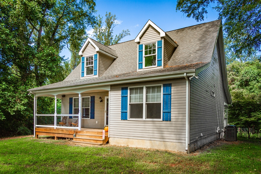 Real Estate Photography - 302 Cecil Avenue, Earleville, DE, 21919 - private lot in water access community