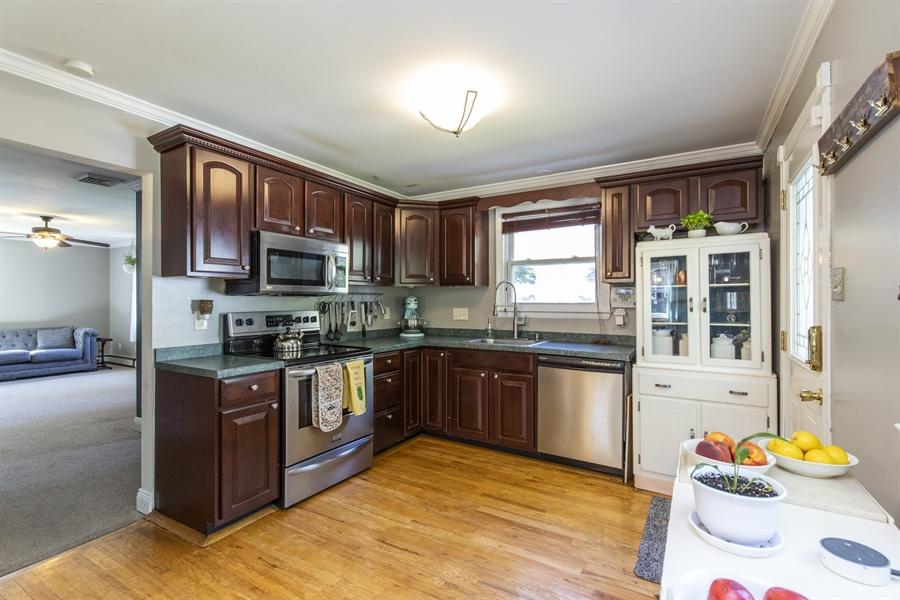 Real Estate Photography - 421 Goodley Rd, Wilmington, DE, 19803 - Kitchen 2
