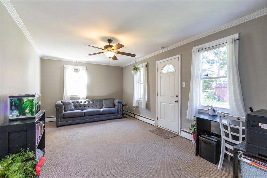 Real Estate Photography - 421 Goodley Rd, Wilmington, DE, 19803 - Family room