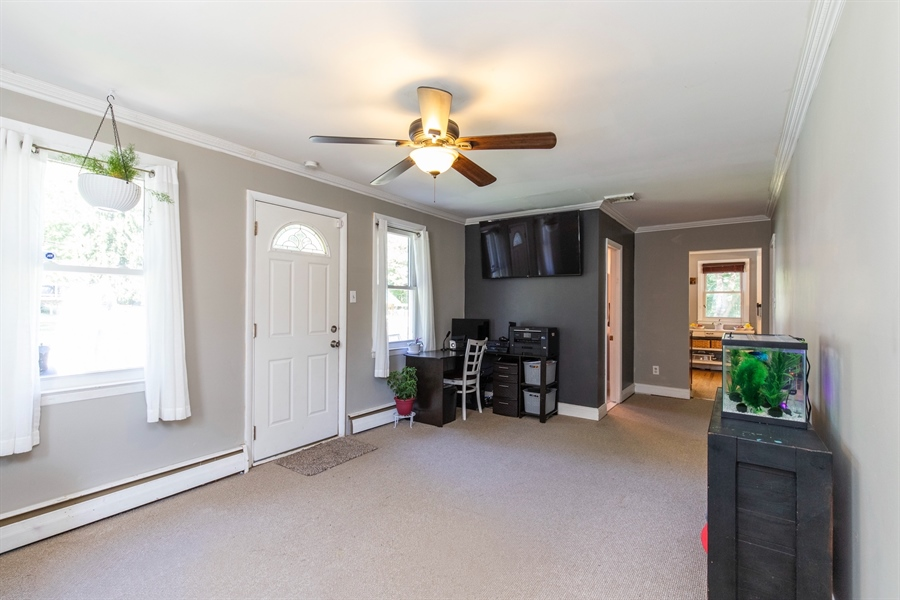 Real Estate Photography - 421 Goodley Rd, Wilmington, DE, 19803 - Family room 2