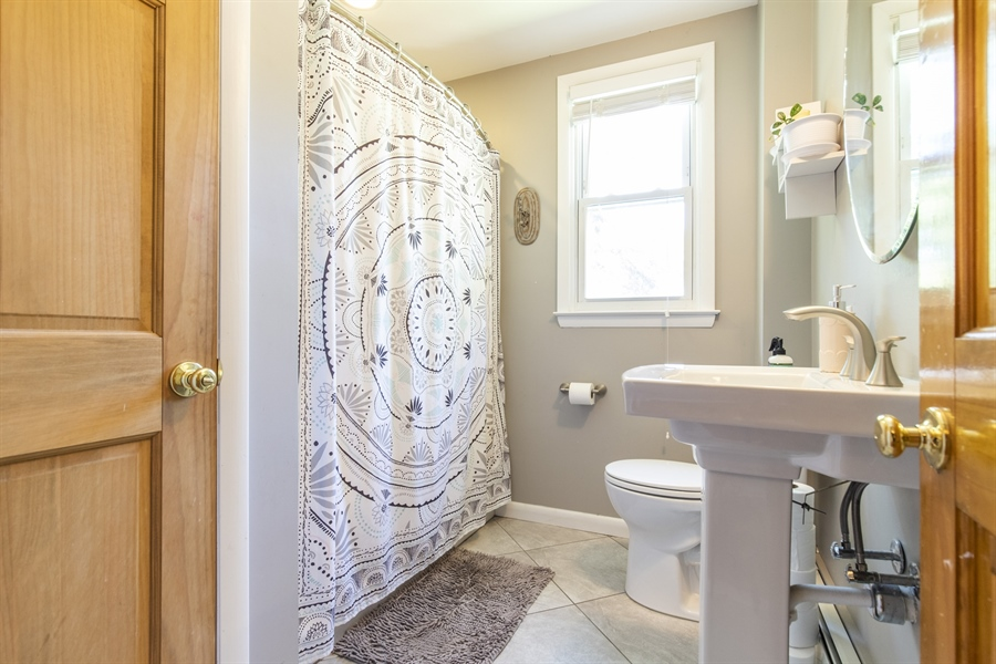 Real Estate Photography - 421 Goodley Rd, Wilmington, DE, 19803 - Updated full bathroom