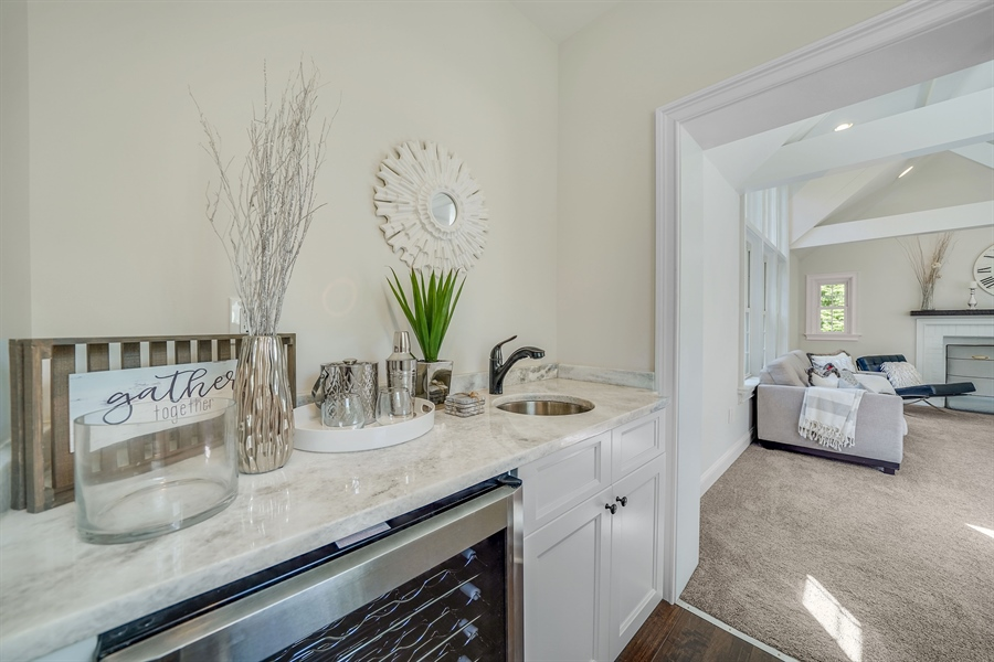Real Estate Photography - 1426 E Strasburg Rd, West Chester, PA, 19380 - Wet Bar