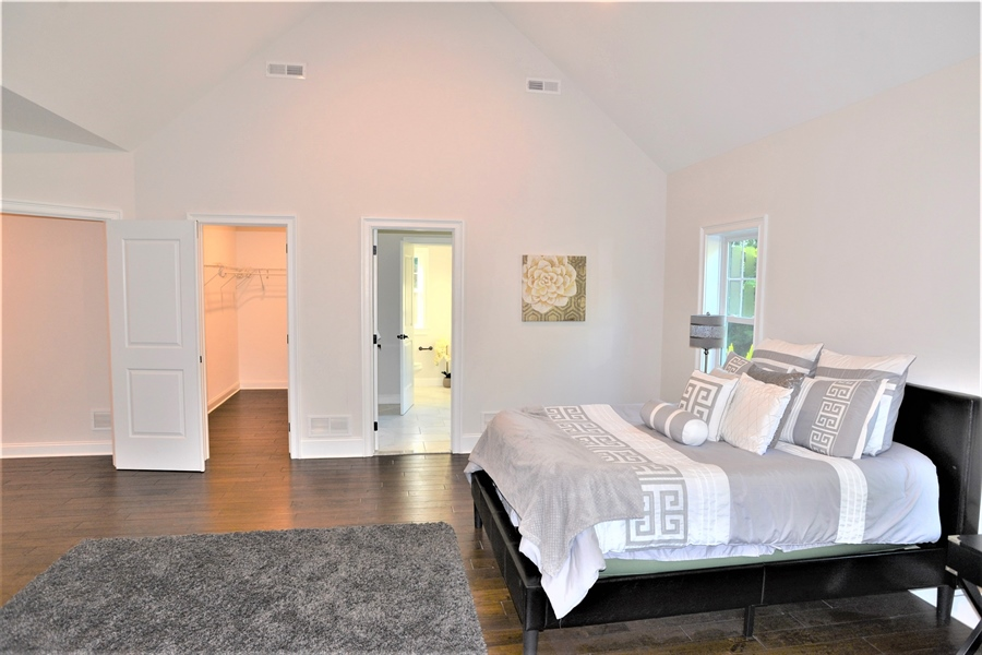 Real Estate Photography - 1426 E Strasburg Rd, West Chester, PA, 19380 - Master Suite w/Walk In Closet & Bath
