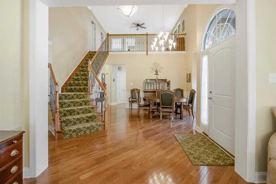 Real Estate Photography - 314 Cassell Ct, Wilmington, DE, 19803 - 2-story Foyer