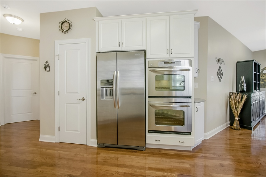 Real Estate Photography - 314 Cassell Ct, Wilmington, DE, 19803 - Stainless appliances