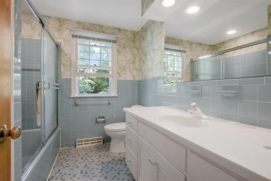 Real Estate Photography - 3303 Coachman Rd, Wilmington, DE, 19803 - Second Level Full Bath