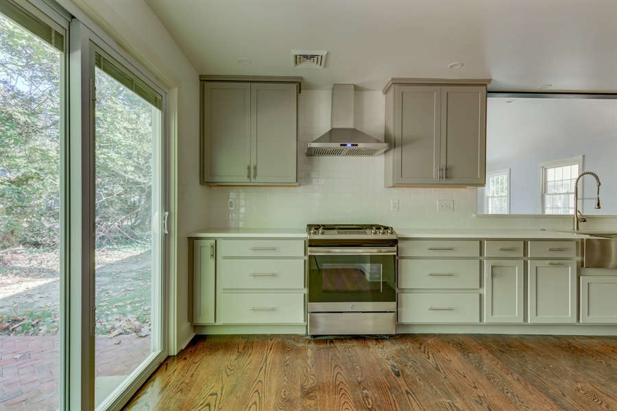 Real Estate Photography - 2123 The Hwy, Wilmington, DE, 19810 - Location 15
