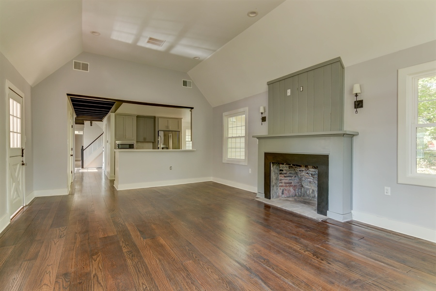 Real Estate Photography - 2123 The Hwy, Wilmington, DE, 19810 - Location 17