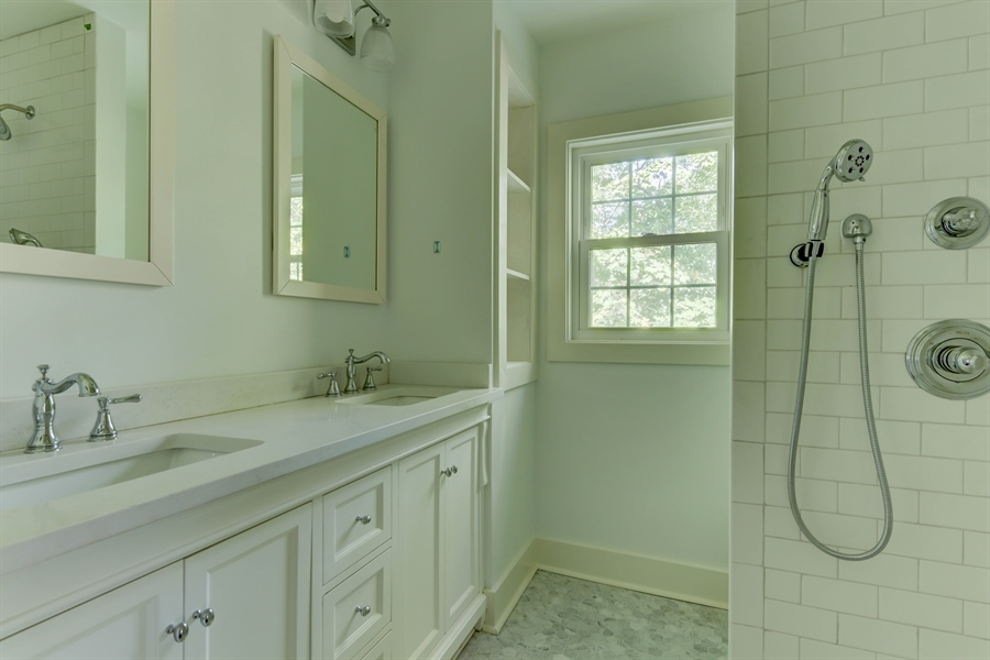 Real Estate Photography - 2123 The Hwy, Wilmington, DE, 19810 - Location 22