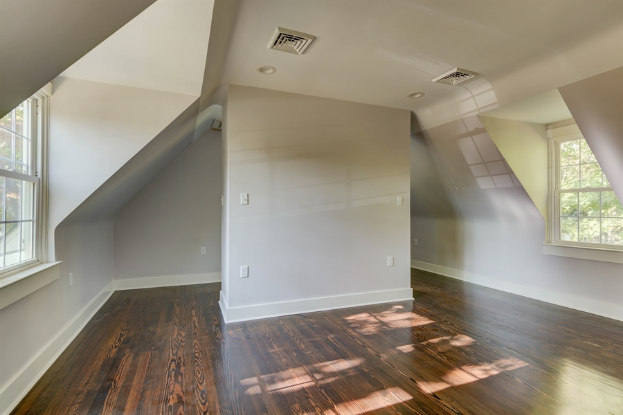 Real Estate Photography - 2123 The Hwy, Wilmington, DE, 19810 - Location 23
