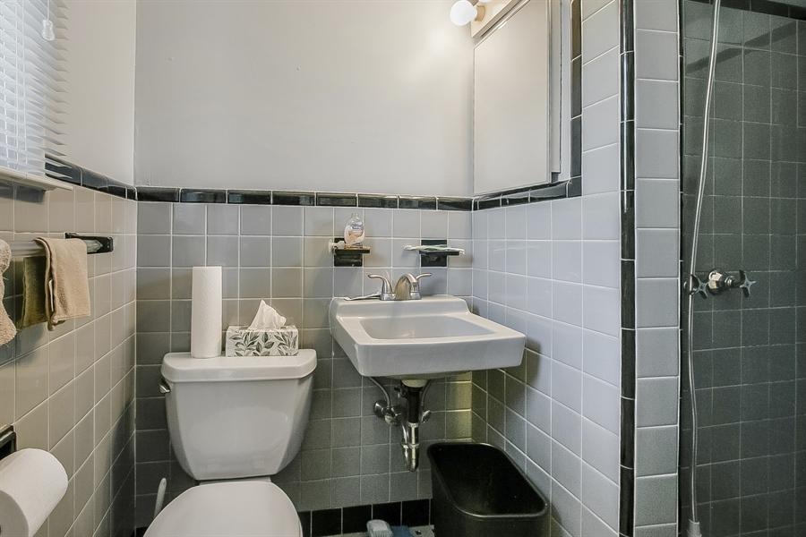 Real Estate Photography - 1113 Wilson Rd, Wilmington, DE, 19803 - Master Bathroom