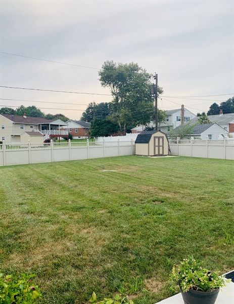 Real Estate Photography - 24 Marta Dr, Wilmington, DE, 19808 - Fully Fenced in Backyard w/French Drain