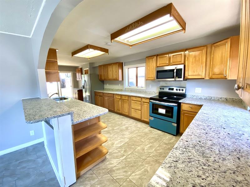 Real Estate Photography - 1019 Marrows Rd, Newark, DE, 19713 - Huge Kitchen