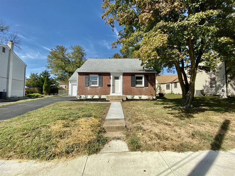 Real Estate Photography - 2301 Diamond St, Wilmington, DE, 19804 - Great Curb Appeal