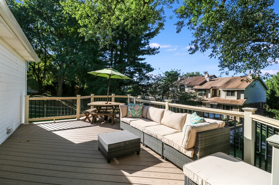 Real Estate Photography - 16 Yellow Pine Ct, Wilmington, DE, 19808 - New Trex deck