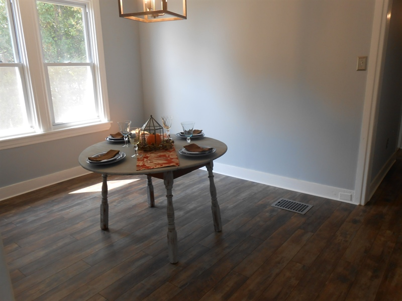 Real Estate Photography - 1706 Walnut Street Street, Wilimington, DE, 19809 - Freshly Painted Dining Room