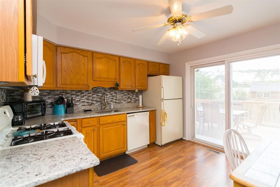 Real Estate Photography - 5 Erskine Ct, Newark, DE, 19713 - updated kitchen