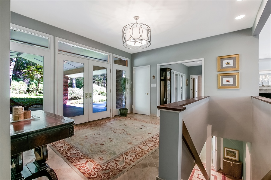 Real Estate Photography - 102 S Kildonan Gln, Wilmington, DE, 19807 - Inviting Foyer at Full Glass Front Entrance