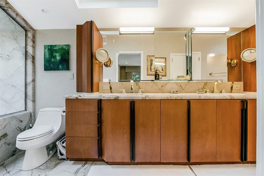Real Estate Photography - 102 S Kildonan Gln, Wilmington, DE, 19807 - Main Level In-Suite Master Bath