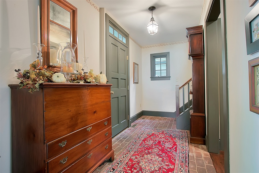 Real Estate Photography - 118 Chandler Ave, Wilmington, DE, 19807 - Main Entrance Foyer