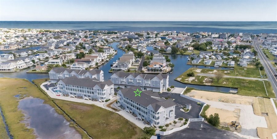 Real Estate Photography - 39035 Beacon Drive #5, 5, Fenwick Island, DE, 19944 - Bayfront townhome just a half mile to the Ocean