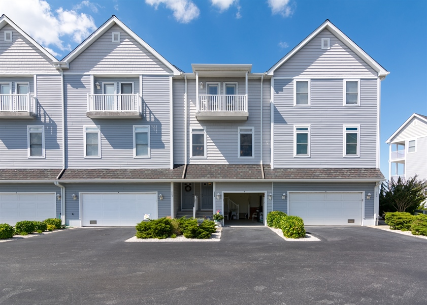 Real Estate Photography - 39035 Beacon Drive #5, 5, Fenwick Island, DE, 19944 - Welcome Home!