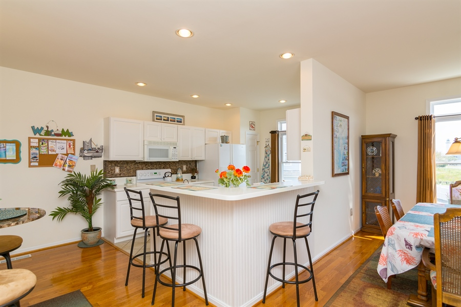 Real Estate Photography - 39035 Beacon Drive #5, 5, Fenwick Island, DE, 19944 - Breakfast bar