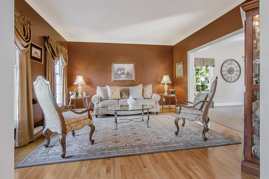 Real Estate Photography - 303 Wyndtree Ct N, Hockessin, DE, 19707 - Lovely Living Room