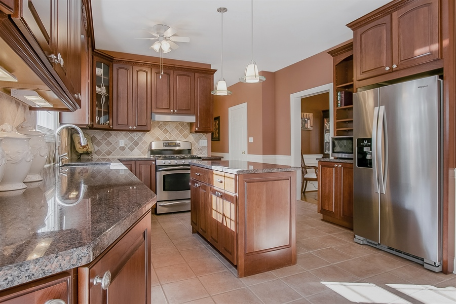 Real Estate Photography - 303 Wyndtree Ct N, Hockessin, DE, 19707 - Upgraded Chef's Kitchen