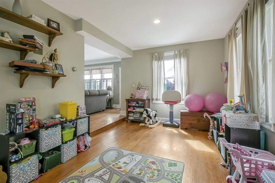 Real Estate Photography - 2905 W 6th St, Wilmington, DE, 19805 - Office/Playroom