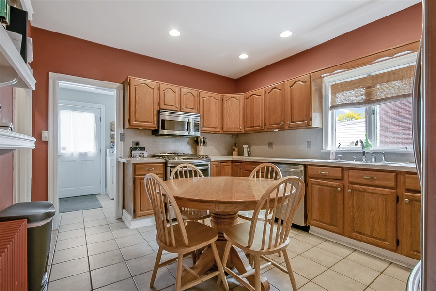Real Estate Photography - 2905 W 6th St, Wilmington, DE, 19805 - Eat in Kitchen