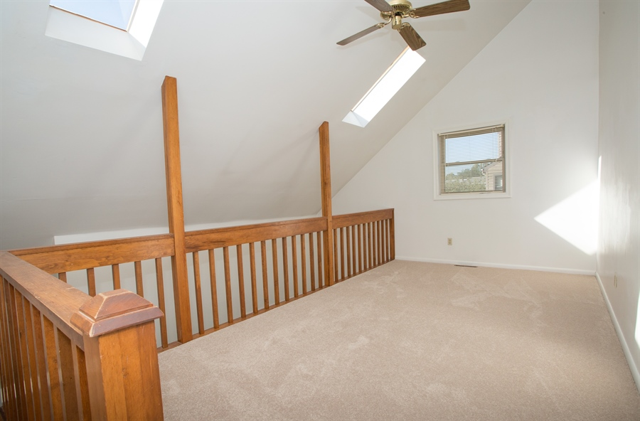 Real Estate Photography - 119 E Green Valley Cir, Newark, DE, 19711 - Loft with skylights and ceiling fan!