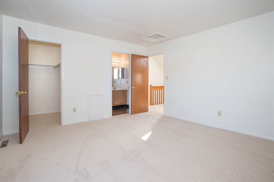 Real Estate Photography - 119 E Green Valley Cir, Newark, DE, 19711 - Bedroom with loft