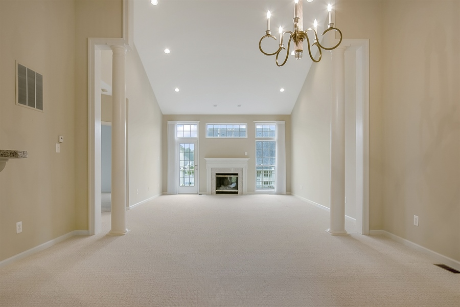 Real Estate Photography - 192 Landis Way N, Wilmington, DE, 19803 - Looking in from entrance way