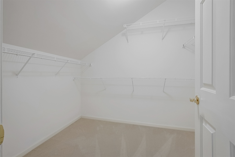 Real Estate Photography - 192 Landis Way N, Wilmington, DE, 19803 - Large additional second floor closet