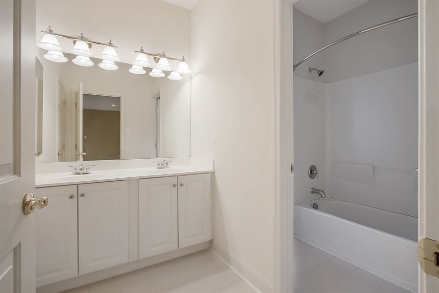 Real Estate Photography - 192 Landis Way N, Wilmington, DE, 19803 - Second floor bath