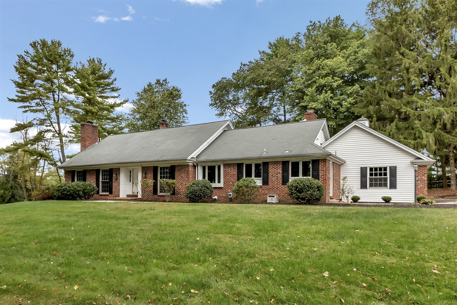 Real Estate Photography - 1868 Graves Rd, Hockessin, DE, 19707 - Location 1