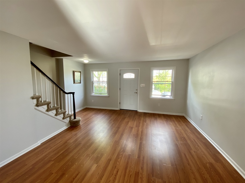 Real Estate Photography - 306 9th Ave, Wilmington, DE, 19805 - Living Room