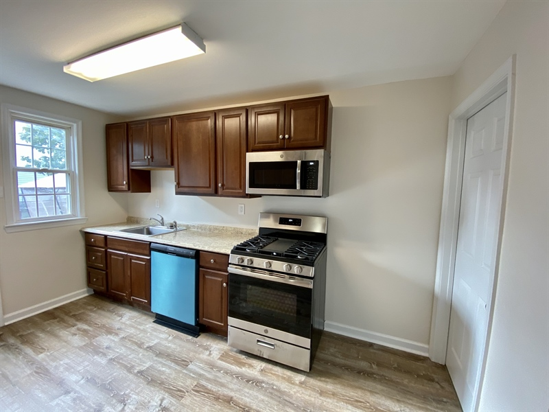 Real Estate Photography - 306 9th Ave, Wilmington, DE, 19805 - Brand New Kitchen