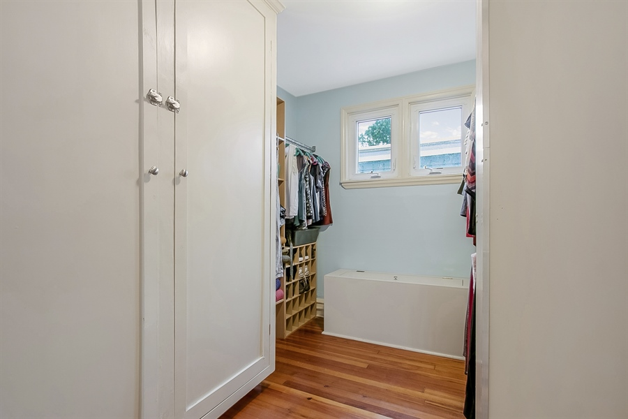 Real Estate Photography - 1323 N Tatnall St, Wilmington, DE, 19801 - Master Suite Walk-in Closet