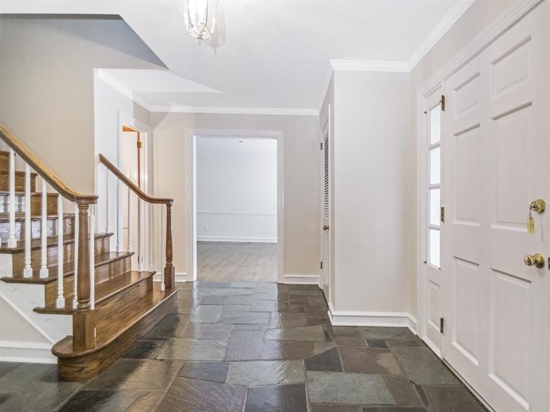 Real Estate Photography - 615 Berwick Rd, Wilmington, DE, 19803 - Entry Foyer
