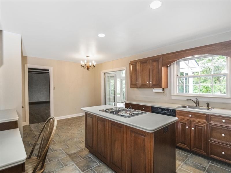 Real Estate Photography - 615 Berwick Rd, Wilmington, DE, 19803 - Location 10