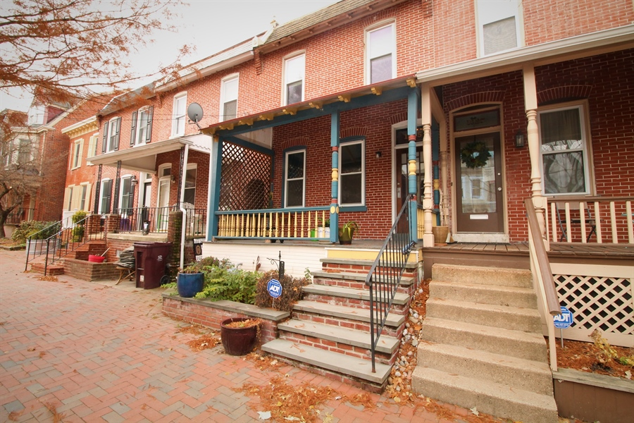Real Estate Photography - 1325 N West St, Wilmington, DE, 19801 - Location 1