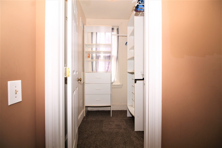 Real Estate Photography - 1325 N West St, Wilmington, DE, 19801 - Walk-in Closet