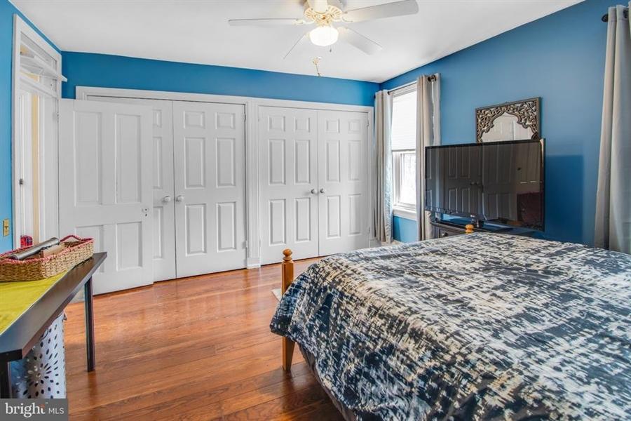 Real Estate Photography - 1325 N West St, Wilmington, DE, 19801 - Back bedroom