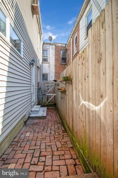 Real Estate Photography - 1325 N West St, Wilmington, DE, 19801 - Location 20