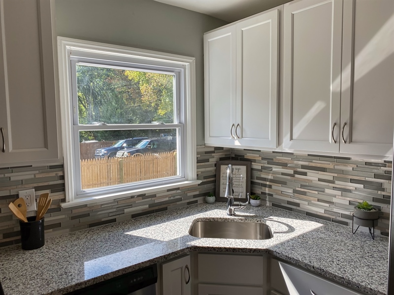 Real Estate Photography - 1400 Haines Ave, Wilmington, DE, 19809 - Beautiful Granite Countertops
