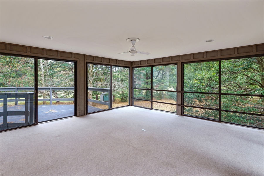 Real Estate Photography - 823 Starvegut Ln, Kennett Square, PA, 19348 - Screened porch
