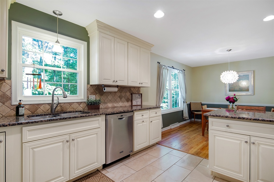 Real Estate Photography - 314 Arbour Dr, Newark, DE, 19713 - Beautiful renovated kitchen with granite counters